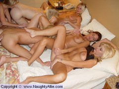 sons and moms o nredtube