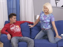 A4ianna Labarbara mom and son free videos