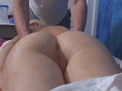 maeonna sucking a dick